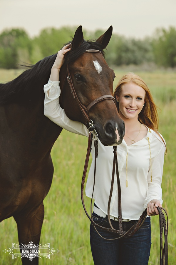 Denver Senior Pictures with horse